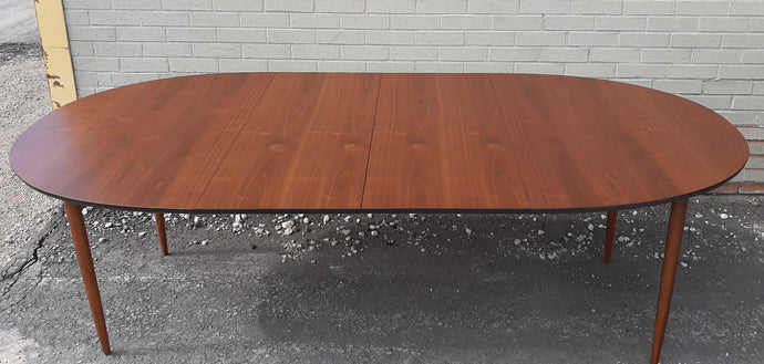 REFINISHED MCM Teak or Walnut Dining Table Extendable Oval w 2 leaves PERFECT 57