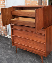 Load image into Gallery viewer, REFINISHED MCM Walnut Set of a Long Dresser 9 Drawers and a Gentleman's Chest, PERFECT - Mid Century Modern Toronto