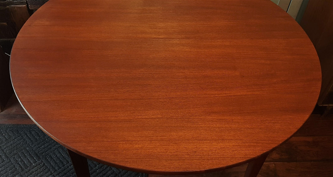 REFINISHED Danish MCM Teak Dining Table Round to Oval w 1 leaf PERFECT 43