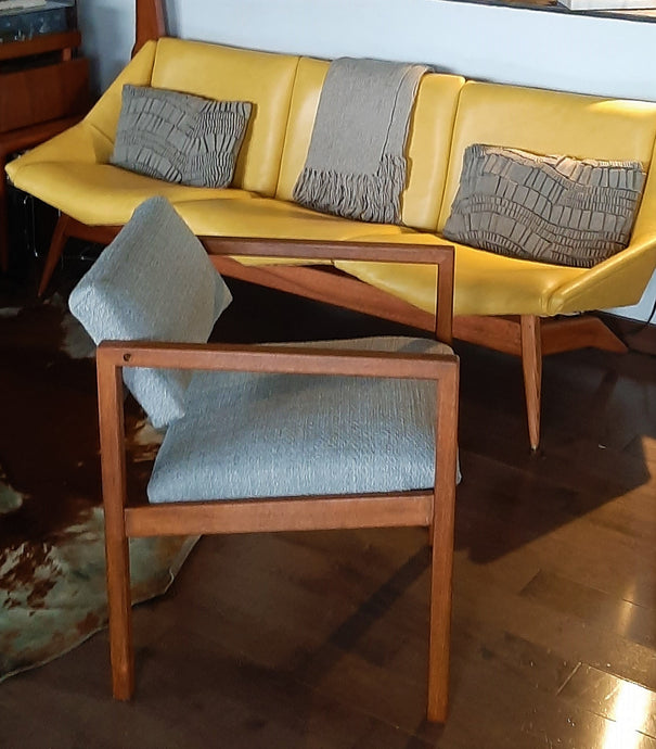 Set of 2 REFINISHED REUPHOLSTERED MCM Teak Armchairs by Brunswick Mfg for Eatons PERFECT - Mid Century Modern Toronto
