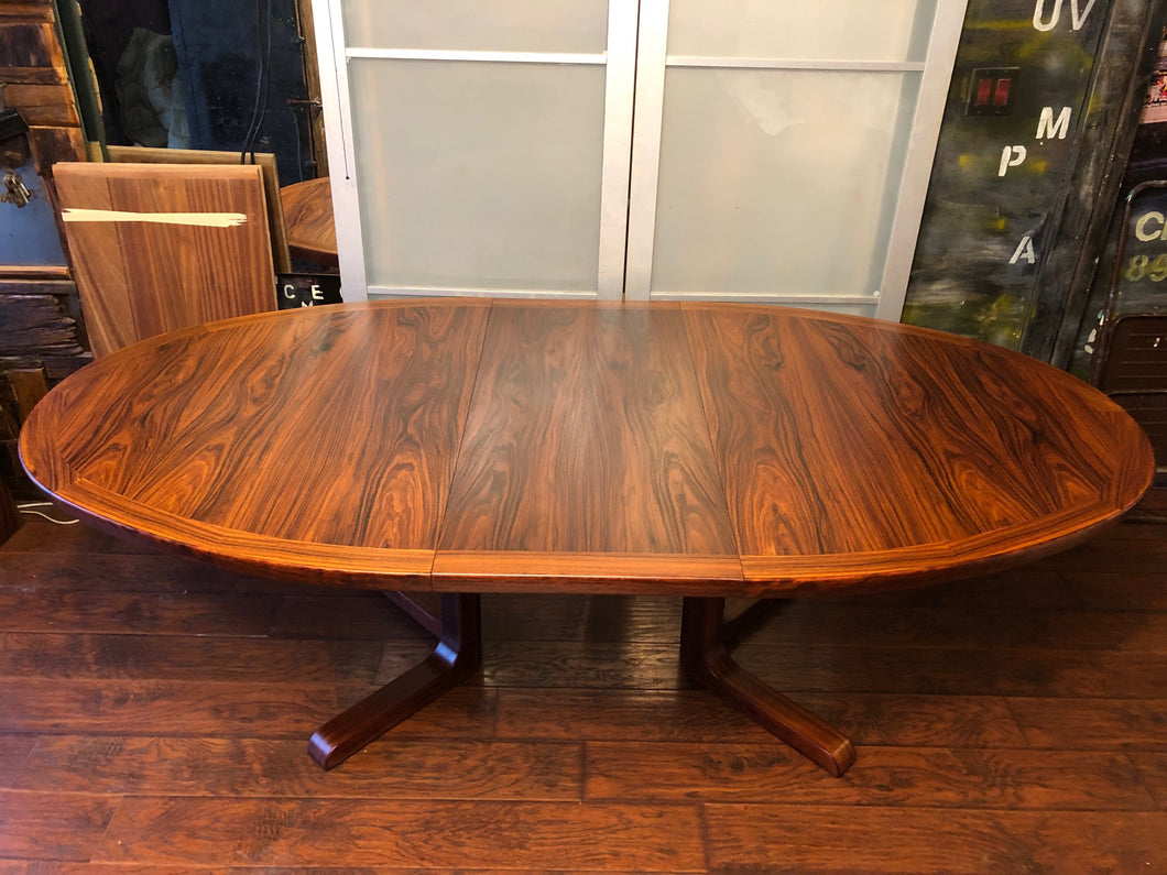 REFINISHED Danish MCM Rosewood Table Oval w 2 Leaves by Skovby 70.5