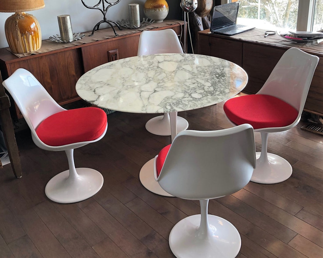 Authentic Knoll E. Saarinen marble tulip dining table round 42
