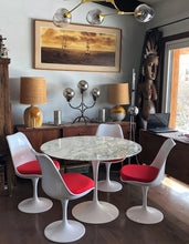 "Load image into Gallery viewer, Authentic Knoll E. Saarinen marble tulip dining table round 42"" and 4 Tulip chairs MINT super sale - Mid Century Modern Toronto"