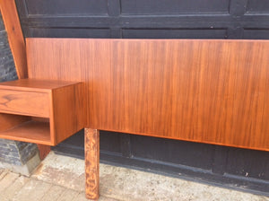 "TEAK HEADBOARD WITH 2 FLOATING NIGHT STANDS for QUEEN BED L 94.5"", perfect - Mid Century Modern Toronto"