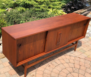 "SOLD*****REFINISHED MCM Walnut Sideboard TV Console 70""perfect - Mid Century Modern Toronto"