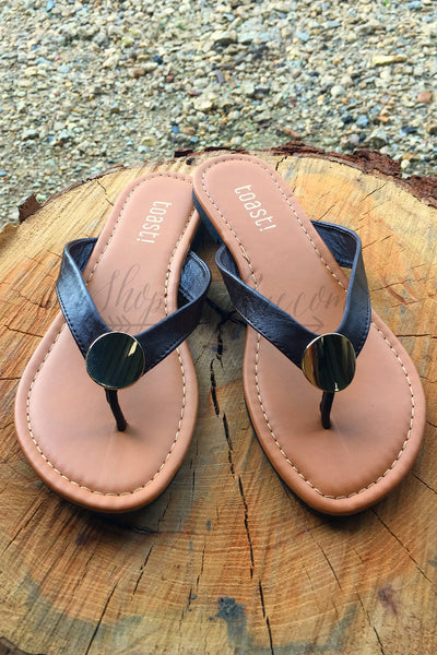 THE LARUE FLIP FLOP
