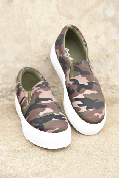 Living It Up Sneakers - Camo