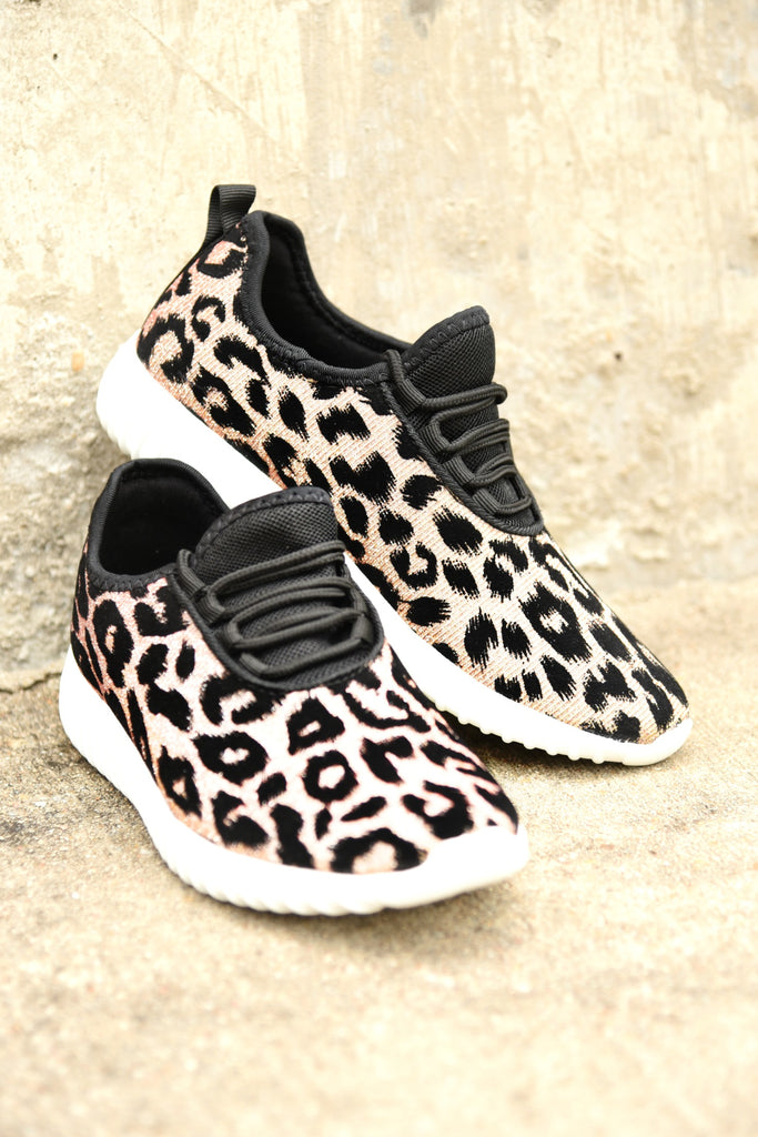 On The Run Sneakers - Tan Iridescent Leopard