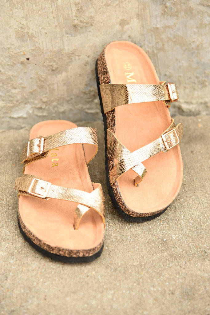 Walking On Sunshine Sandals - Gold