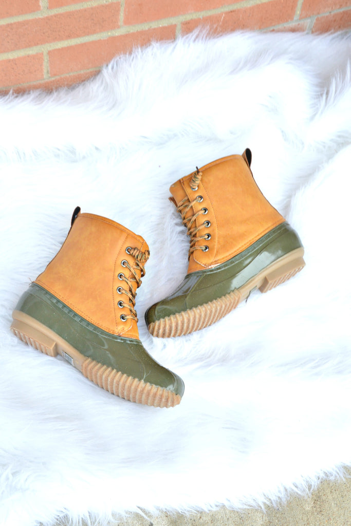 Take A Hike Duck Boots - Olive