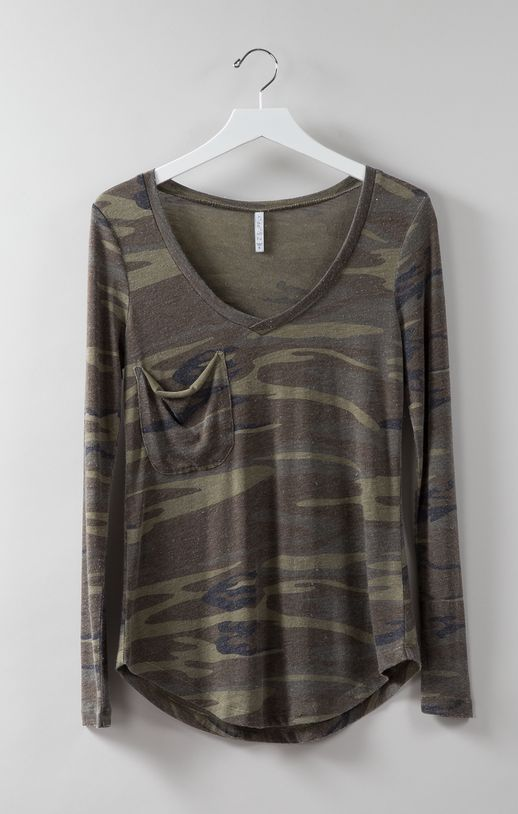 camo-long-sleeve-pocket-tee