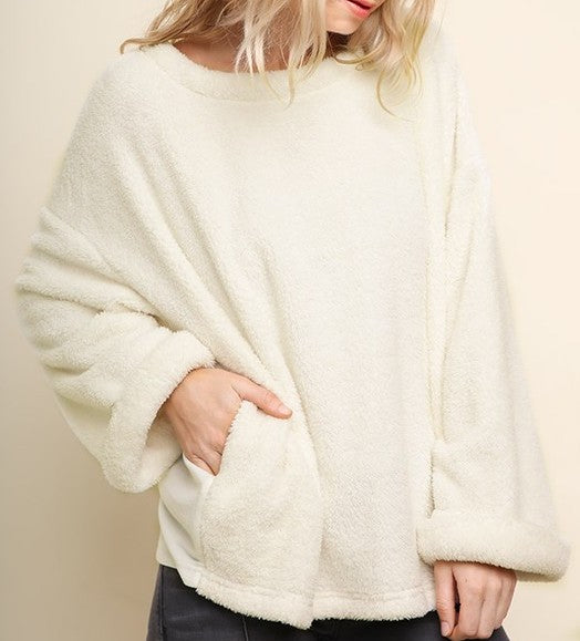 snow-flurries-oversized-sweater-w-pockets