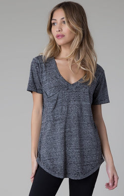 sno-yarn-pocket-tee