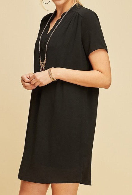 v-neck-shift-dress