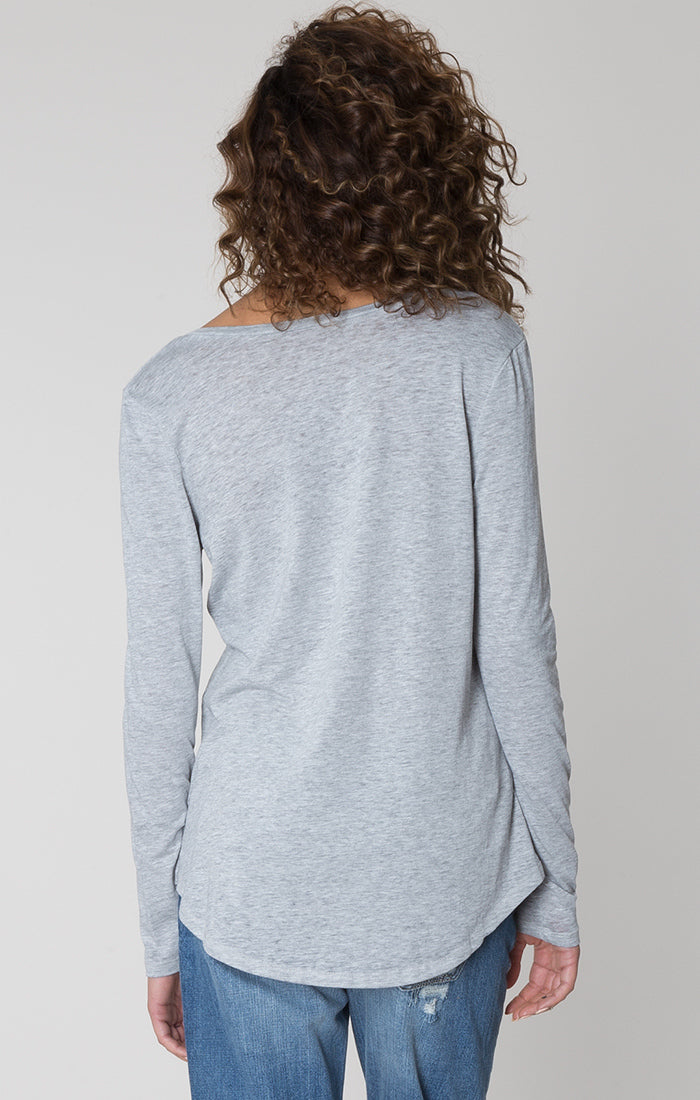 long-sleeve-pocket-tee