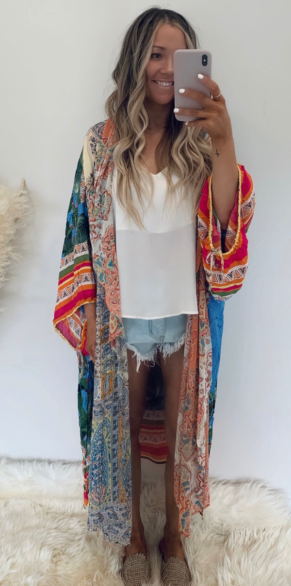 Dream in Color Kimono (2 Colors)