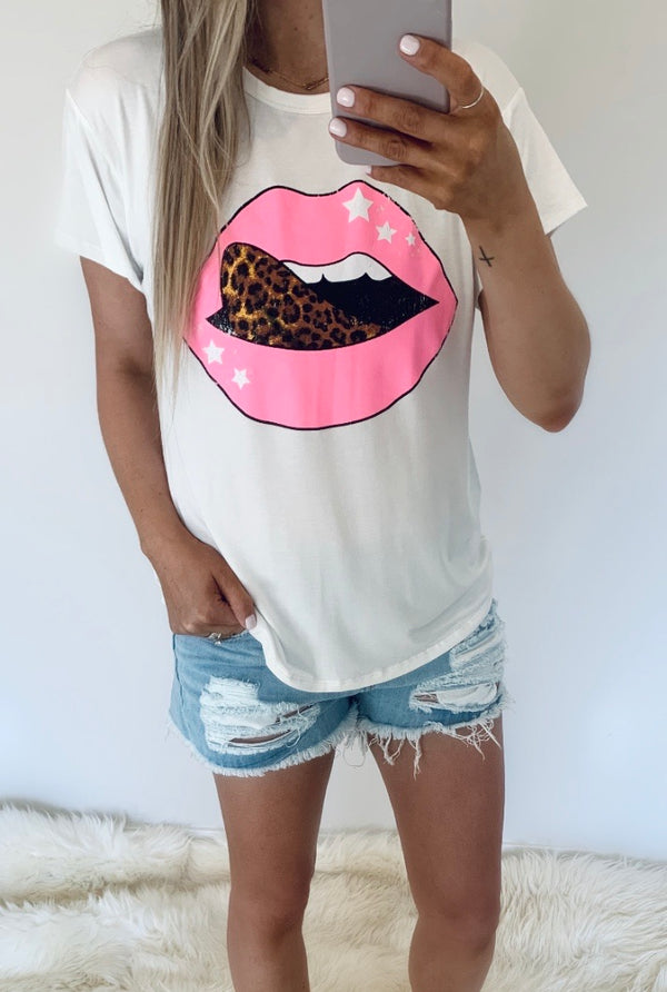 Tickled Pink Leopard Tongue Tee