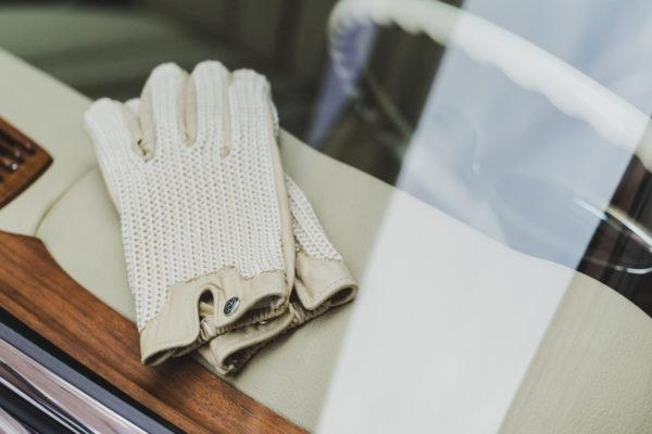 Autodromo Stringback Driving Gloves - Ivory
