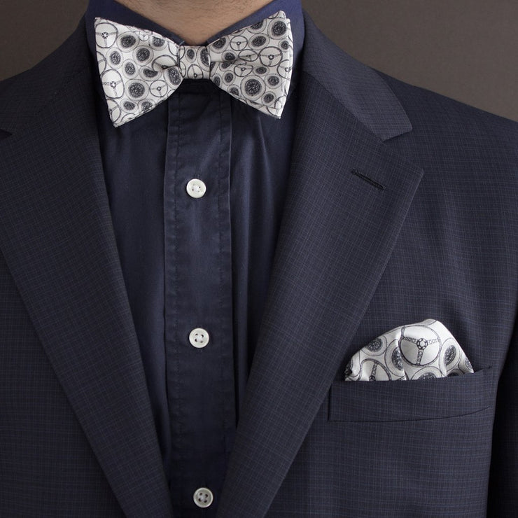 The Outlierman Bow Tie - The World Beater - Ivory
