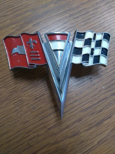 1963 - 1964 Corvette Nose Emblem GM# 3797400