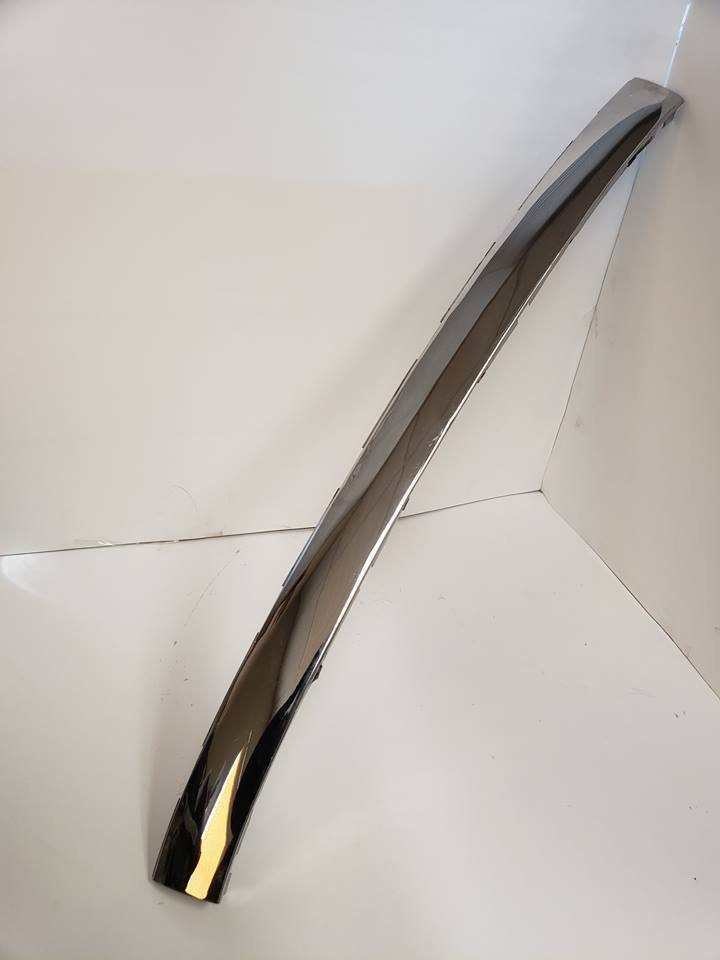 1968 Convertible/Roadster Upper Windshield Molding (68 ONLY - No Holes)