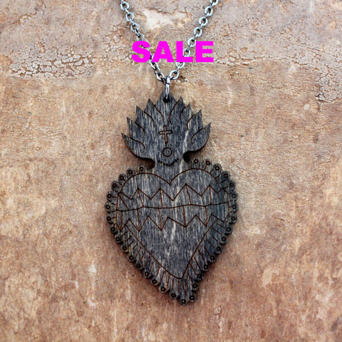 Impossible Cuts  Necklace - Wood Corazon