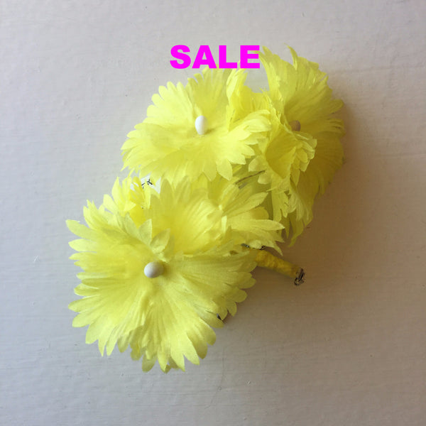 Vintage Silk Cornflower Pin - Yellow