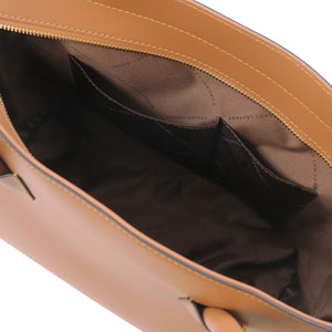 Internal Pockets View Of The Cognac Womens Leather Tote Handbag