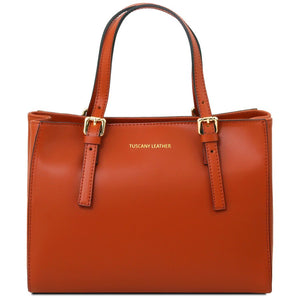 Front View Of The Brandy Aura Ruga Leather Handbag