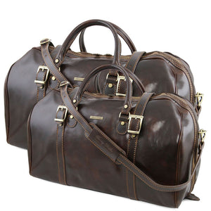 Front View Of The Dark Brown Leather Travel Set