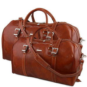 Front View Of The Honey Berlin Leather Travel Set
