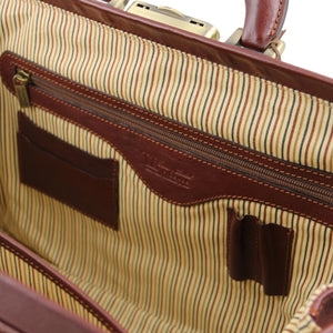 Internal Zip Pocket View Of The Brown Bernini Leather Doctors Bag