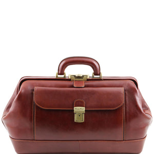 Front View Of The Brown Exclusive Bernini Leather Doctors Bag