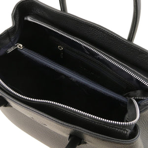 Internal Zip Pocket View Of The Black Ladies Leather Handbag