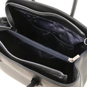 Internal Pocket View Of The Black Ladies Leather Handbag