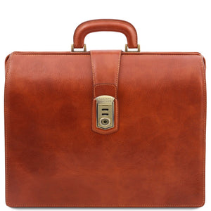 Front View Of The Honey Leather Doctor Bag