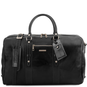 Front View Of The Black Classic Leather Traveler's Bag