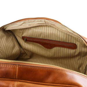 Internal Zipper Pocket View Of The Honey Classic Leather Traveler's Bag