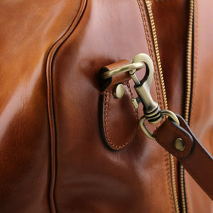 Detachable Shoulder Strap Link View Of The Honey Classic Leather Traveler's Bag