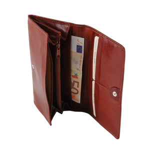 Internal Side View Of The Brown Womens Leather Wallet