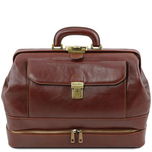 Front View Of The Brown Double-Bottom Leather Doctors Bag