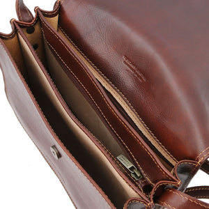 Internal Features View Of The Brown Saddle Handbag