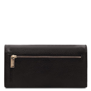 Rear View Of The Black Leather Purse For Women