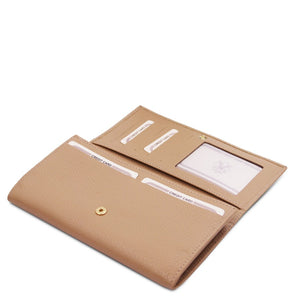 Features View Of The Champagne Leather Purse For Women