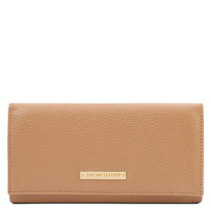 Front View Of The Champagne Leather Purse For Women