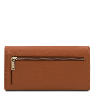 Rear View Of The Cognac Leather Purse For Women
