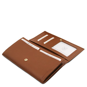 Features View Of The Cognac Leather Purse For Women