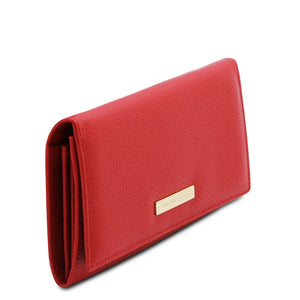 Angled View Of The Lipstick Red Leather Purse For Women