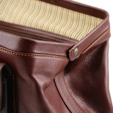 Full Opening View Of The Brown Italian Leather Doctors Bag