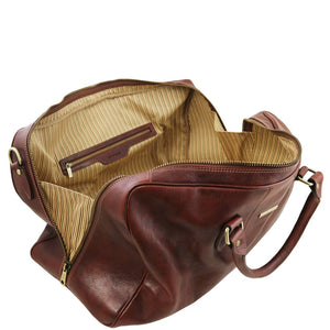 Left Angled Opening And Closing Zipper View Of The Brown Leather Duffle Bag Large